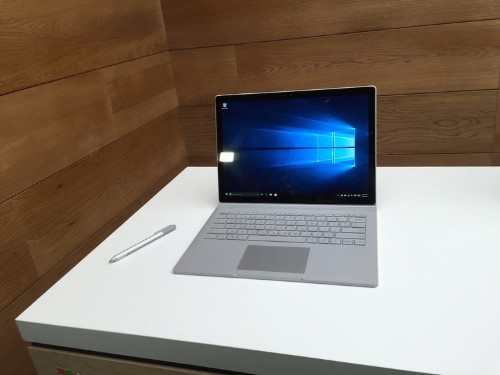 The reviews for Microsoft's first laptop are in — critics love it, but aren't wild about its detachable screen