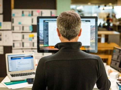 A look at the work desks of 7 successful people