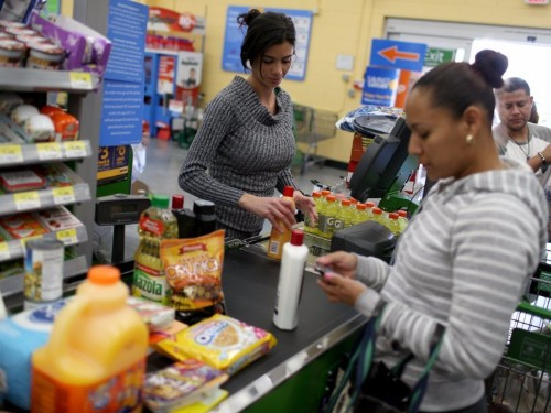 Americans are becoming too poor to shop