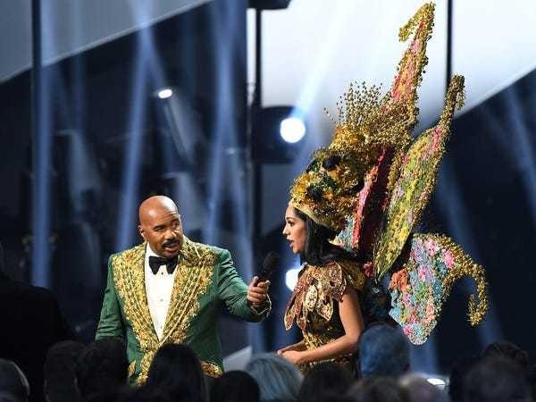 Steve Harvey didn't name the wrong Miss Universe costume winner - Business Insider