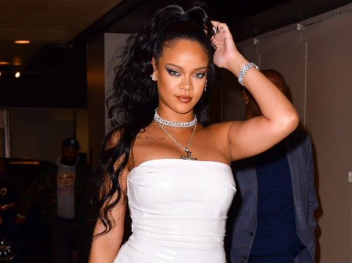 Rihanna and other celebrities can't stop wearing early 2000s fashion - Business Insider