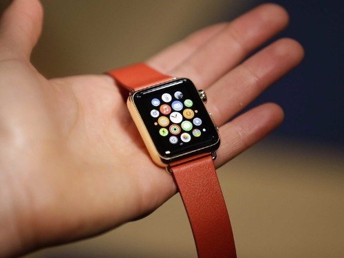 The initial impressions of the Apple Watch are not great