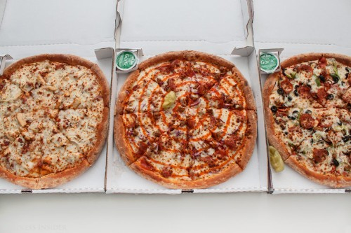 We tried Papa John's new 'Sriracha meats' pizza and 2 other new menu items — here's the verdict