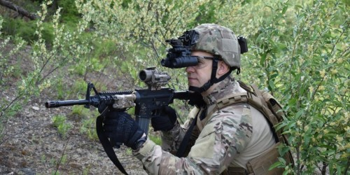 US soldiers will soon deploy with game-changing night vision that lets them shoot around corners