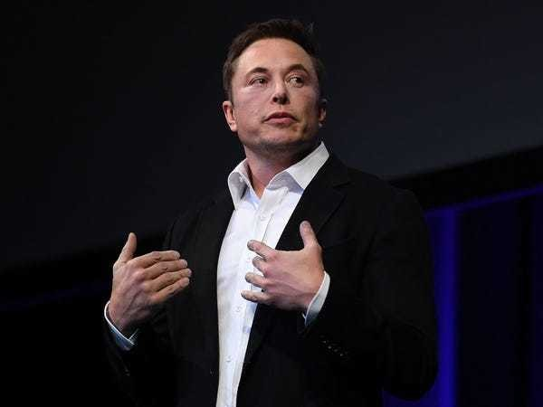 Elon Musk leaked email reveals top priorities: Car deliveries, solar - Business Insider
