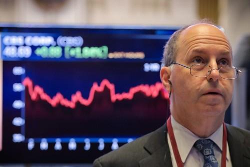 Stocks tumble after weak retail sales fan slowdown fears