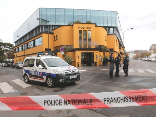 A bomb scare forced Germany's national soccer team to leave their hotel hours before the Paris attacks