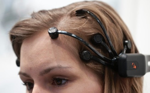 10 Amazing Superpowers Humans Will Be Able To Get From Brain Implants