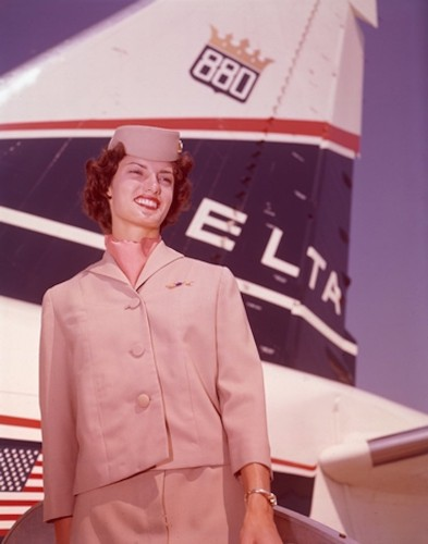 23 vintage photos from the glory days of aviation