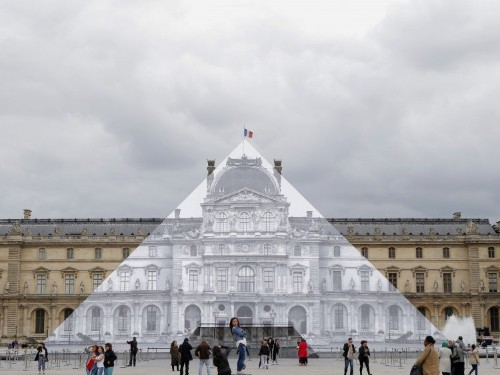 This French artist transforms famous landmarks into optical illusions