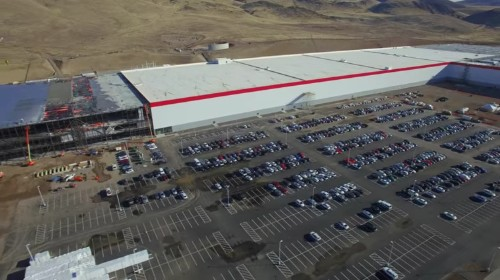 New drone footage shows massive progress on Tesla's giant Gigafactory