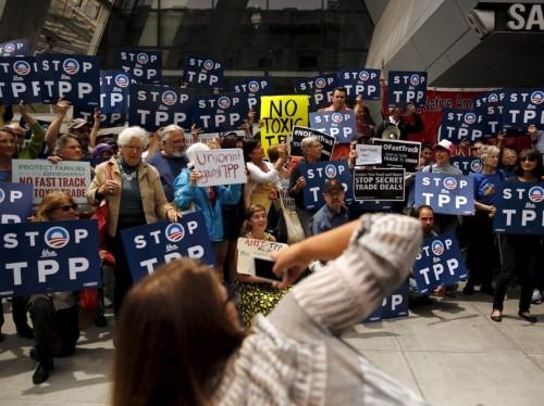 DEUTSCHE BANK: 'Globalization is under siege'
