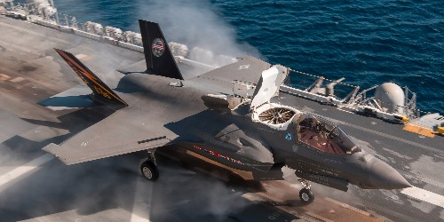 Marine Corps dream Lightning Carrier carrying F-35 becoming a reality - Business Insider