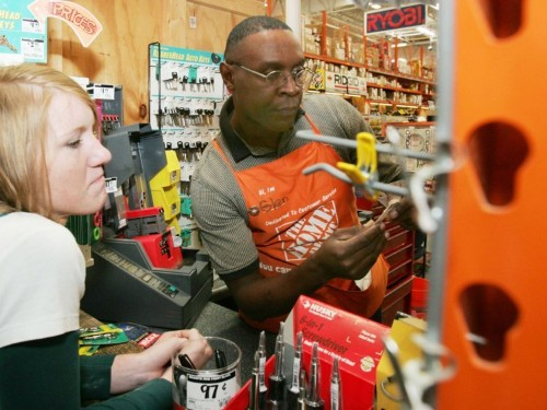 Home Depot is doubling down on tool rentals in a bid to win over pro builders and drive sales