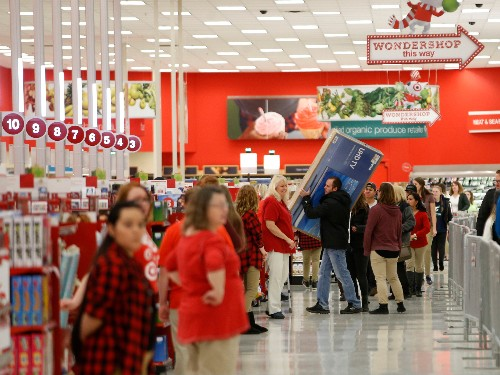 Amazon buying Target would 'accelerate an existing threat' to Walmart, says analyst who's doubling down on his call (AMZN, TGT, WMT)