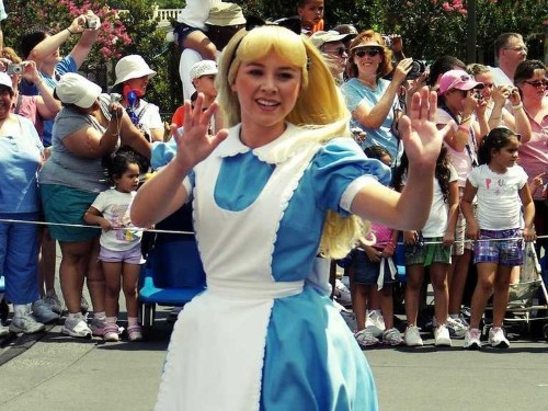 A Former 'Snow White' Dishes About Life As A Disney Park Princess
