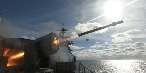 US Navy leaders say they want to go on the offensive against China with new weapons