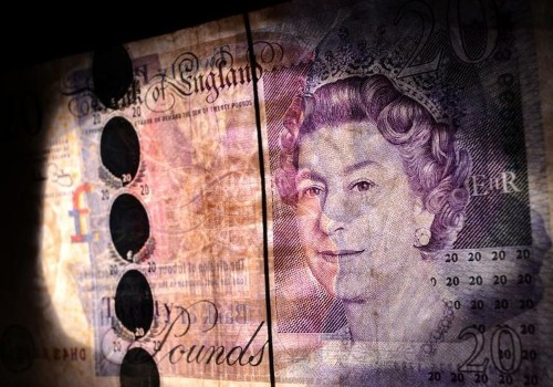 Pound hits two-year high against euro on Scotland results