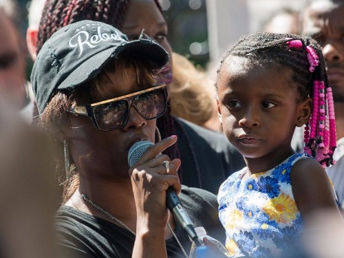 'I'm right here with you': 4-year-old comforts distraught mother in new video from Philando Castile shooting