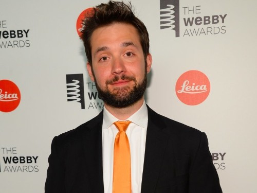 Reddit cofounder: Nobody reads most native advertising — it's just 'Facebook arbitrage'