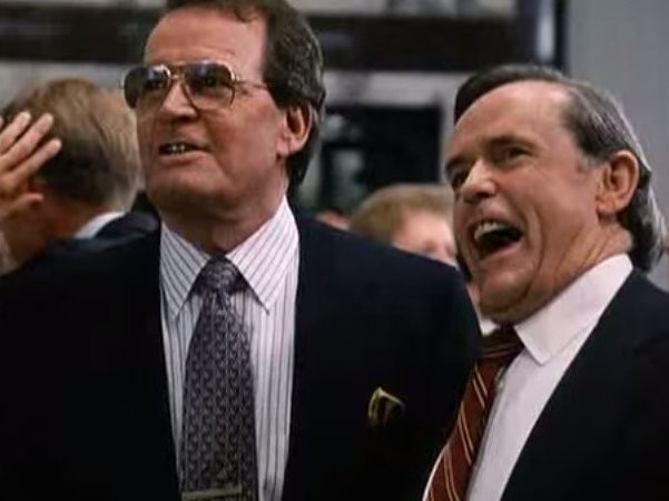 21 Must-See Wall Street Movies To Watch Over The Holidays