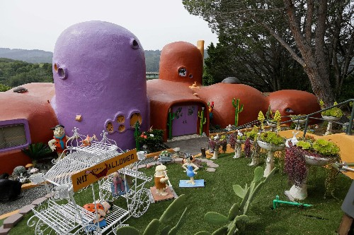 Flintstone House owner locked in legal battle with city: full history