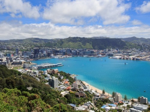 New Zealand is offering free holidays to people who agree to a job interview
