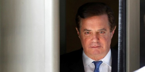 'Like a guy shooting craps down to his last chip': Paul Manafort just made his riskiest gamble yet