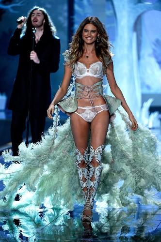 Victoria's Secret models reveal their top diet tips