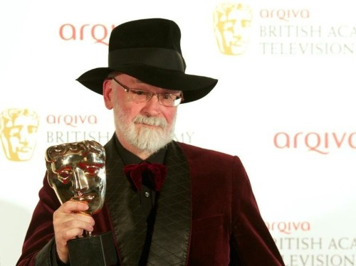 British sci-fi author Terry Pratchett dies