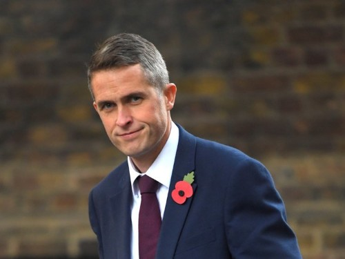 Defence Sec Gavin Williamson threatens to kill all British ISIS fighters