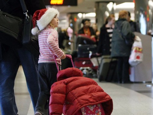 Here's exactly when to book your flights for Thanksgiving and Christmas