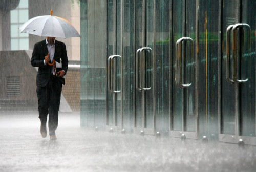 If You Want A Job At Twitter, Prepare To Answer This Baffling Question About Rainfall Puddles