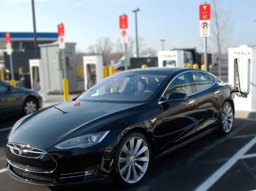 Tesla could have a problem with one of the best things about owning its cars