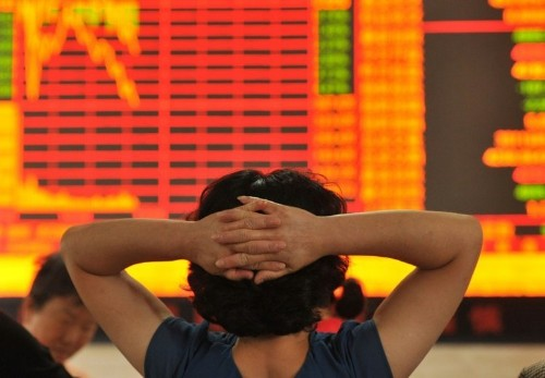 Asia markets hit by Greece fears, Shanghai plunges again
