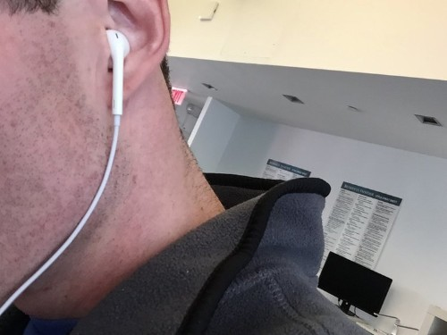 Everyone on the planet seems to be using Apple headphones and that's a mistake