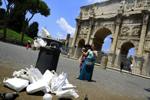 'Rome is on the verge of collapse,' according to its Chamber of Commerce president