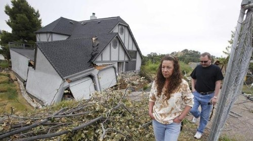 Houses In California Are Mysteriously Sinking Into The Ground