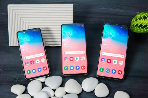 I tried Samsung's $750 Galaxy S10e, and I'm convinced it could be the Android phone to beat