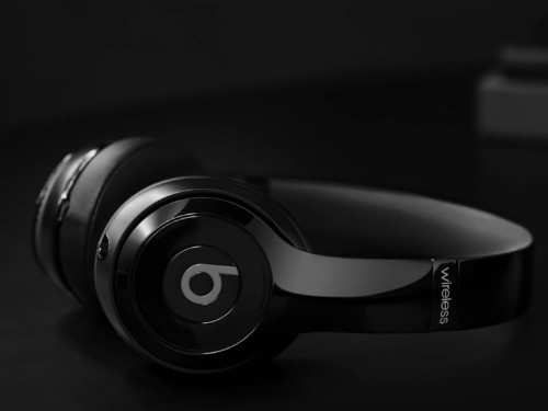 Beats by Dre Solo3 headphones are on sale for $99.99 at Daily Steals for a limited time