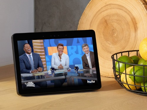 I've owned Amazon's Echo Show for six months now — here's what I use the screen for