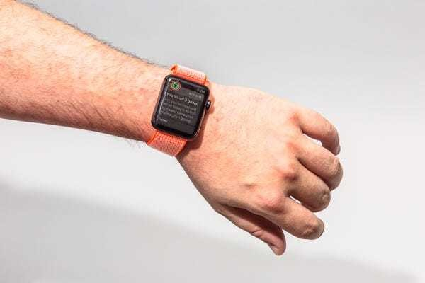 How to use Apple Watch: A beginner's guide to its essential functions - Business Insider