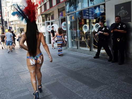 Bill de Blasio launches 'city task force' to deal with topless women and costumed characters in Times Square