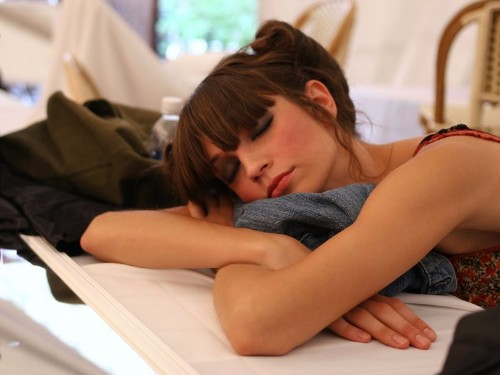 Here's the easiest way to get more sleep and have more energy during the week