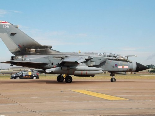 UK government denies reports that RAF pilots have been given the green light to shoot down hostile Russian jets in Syria