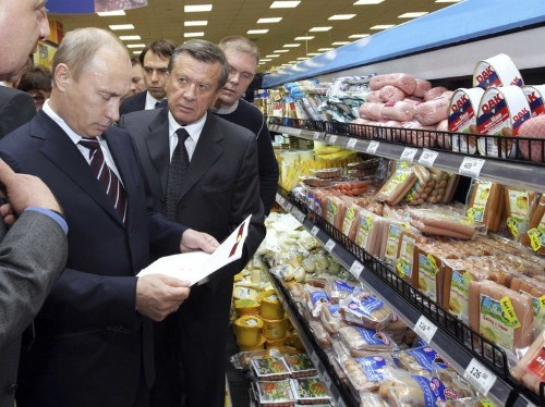 Rampant inflation means Russians are spending half of their incomes on food this year