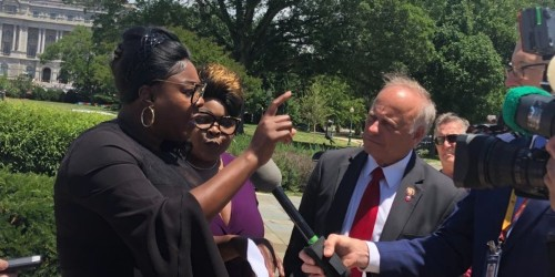 Steve King introduces 'Diamond and Silk Act' in bizarre press conference