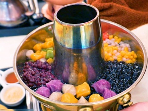 A restaurant in Richmond, Canada serves bubble-tea hot pot. Here's what it tastes like