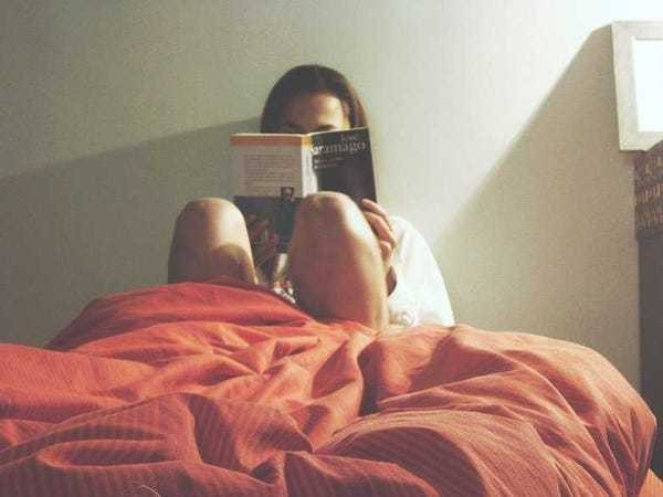 9 things successful people do right before bed - Business Insider
