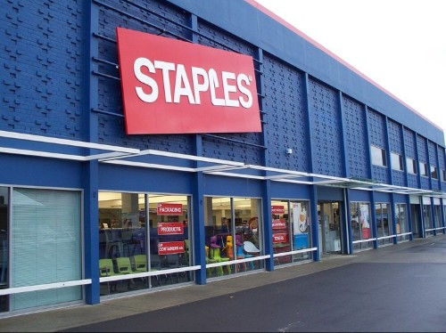 Staples threatens to fire employees who work more than 25 hours a week
